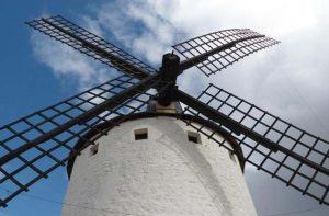 molinos-de-viento_jpg__940x620_q83
